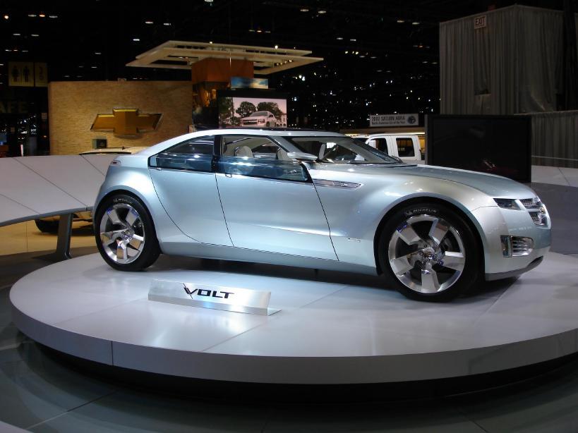Chevrolet vinde modelul electric Volt cu 41.000 dolari in SUA