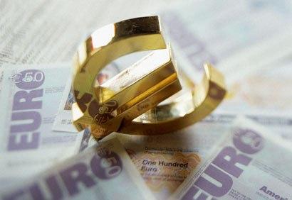 Cursul valutar isi continua ascensiunea pe piata financiara