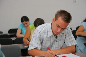 Evaluarea nationala 2011: Care au fost subiectele la Limba si literatura romana