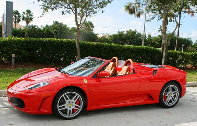 Testeaza un Ferrari in Mamaia, de maine!
