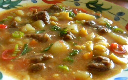 Reteta Gulyasleves ( supa gulas)