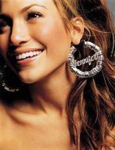 VEDETE: Jennifer Lopez